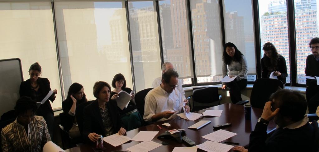 Reunión de seguimiento de temas en ProPublica, Nueva York. Noviembre de 2013
